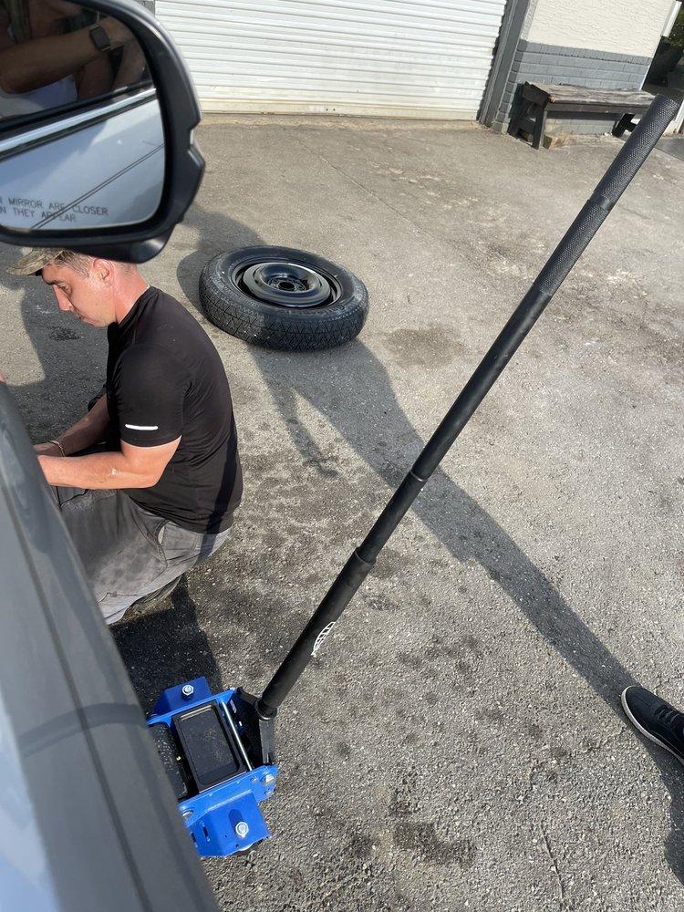 Gulf Coast Tire & Auto Service: 503 N Main St, Chiefland, FL