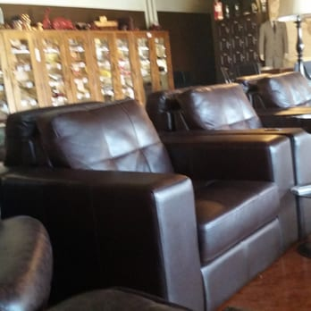 Good Photo Of Falto Cigar Club   La Quinta, CA, United States. Comfortable  Seating