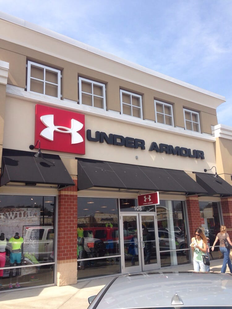 Under Armour was founded in September 25 by Kevin Plank, a then year-old former special teams captain of the University of Maryland football hitmgd.tk initially began the business from his grandmother's basement in Washington, D.C. He spent his time traveling up and down the East Coast with nothing but apparel in the trunk of his car. His first team sale came at the end of with a.