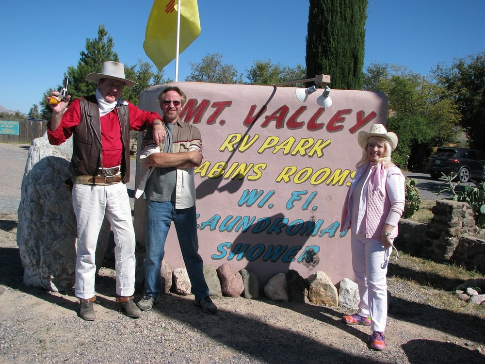 Mountain Valley Lodge & RV Park: 223 Hwy 80, Rodeo, NM