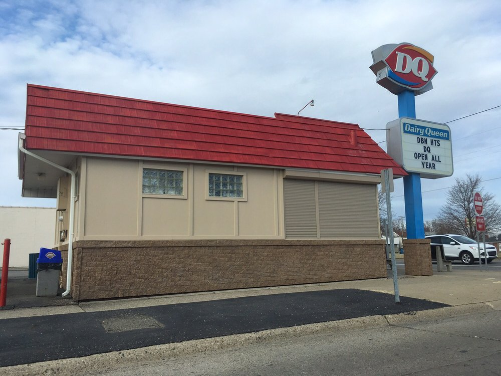 Dairy Queen: 3134 Fort St, Lincoln Park, MI