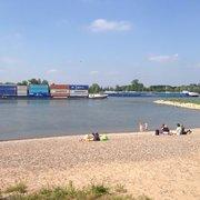 rettungseinsatz foto zu rodenkirchener strand koln nordrhein westfalen