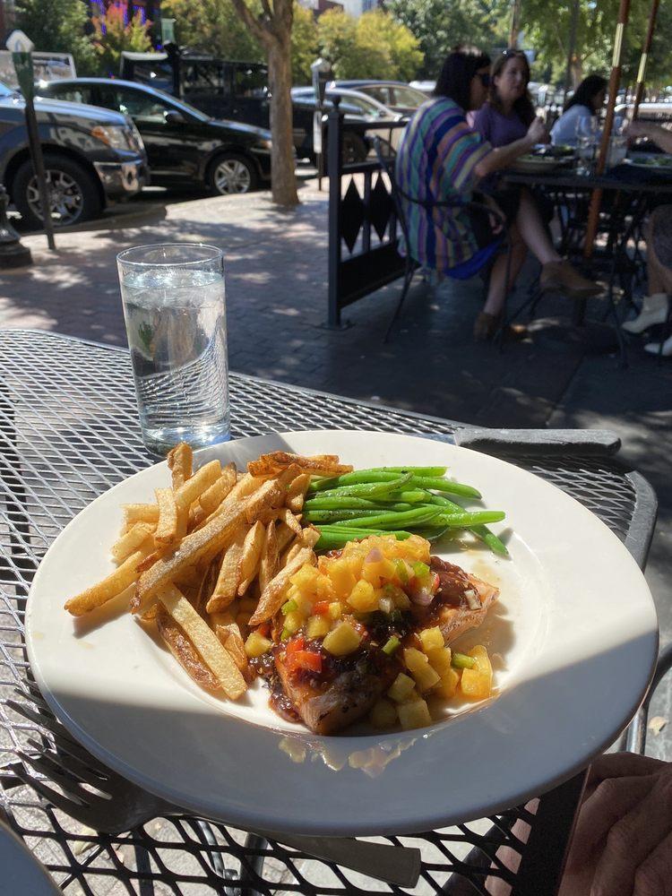 Porterhouse Grill: 459 E Broad St, Athens, GA