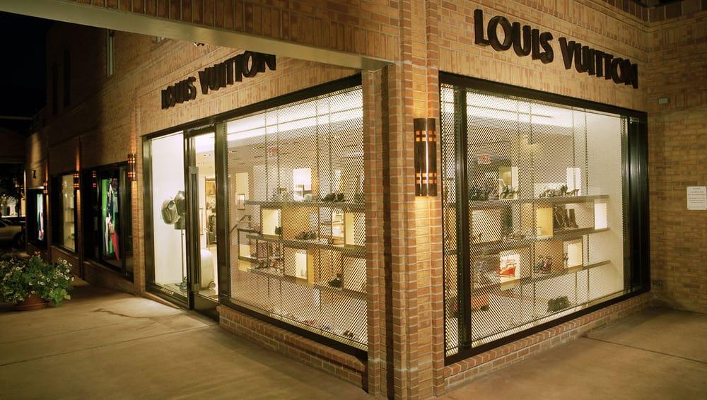 Louis Vuitton Aspen: 205 S Mill St, Aspen, CO
