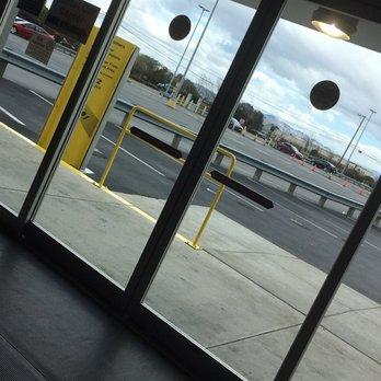 Hertz Rent A Car At The Oakland Airport