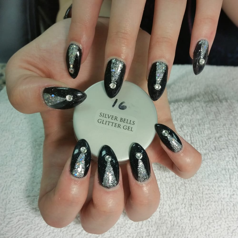 Photos For Le Nails & Spa