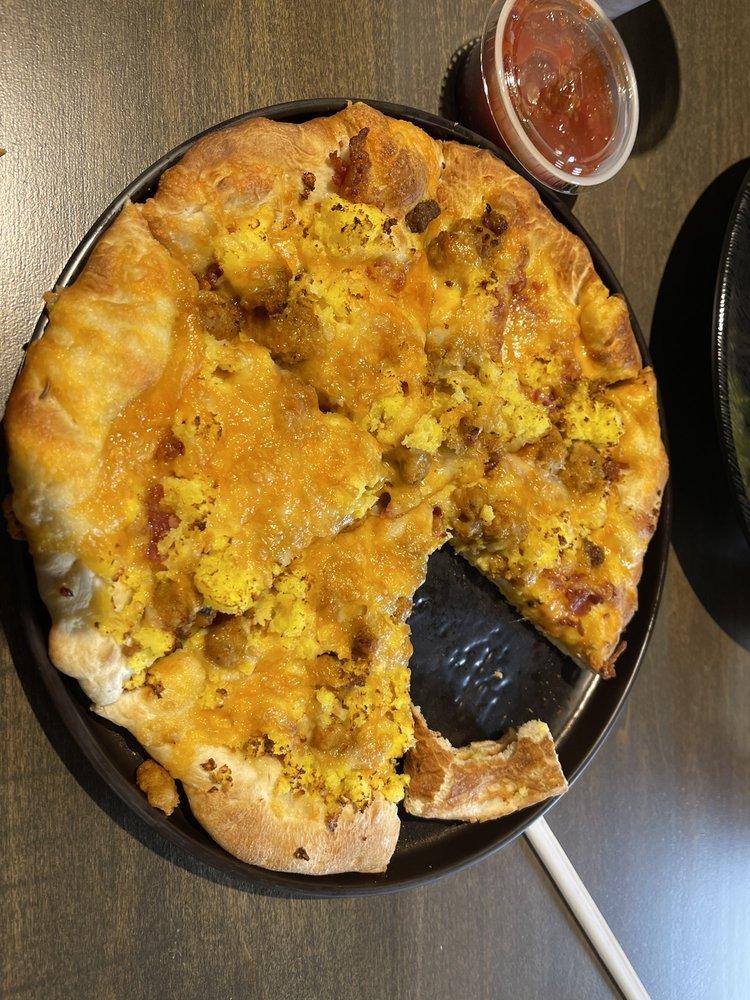 Billy Jacks Pizza Pub: 810 S 3rd Ave, Kearney, NE