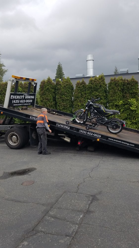 Towing business in Eastmont, WA