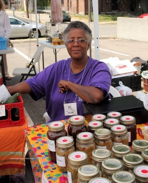 East Warren Avenue Farmer's Market: 16835 E Warren Ave, Detroit, MI