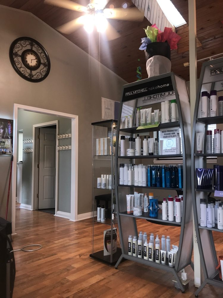 Lee David Salon: 148 8th Ave W, Huntington, WV