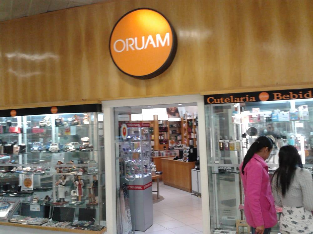 Oruam Presentes