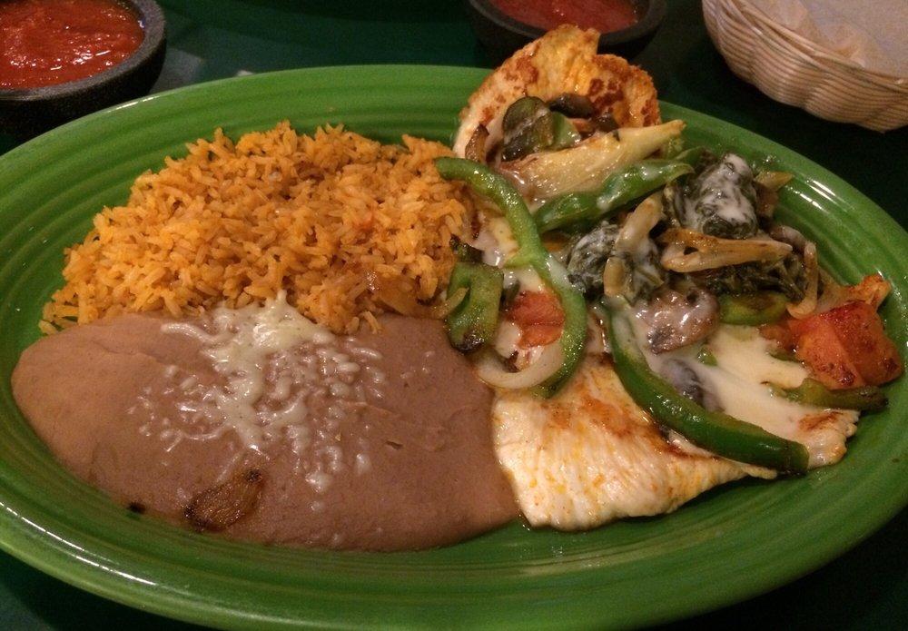 Los Cocos Mexican Restaurant: 1316 W Danville St, South Hill, VA