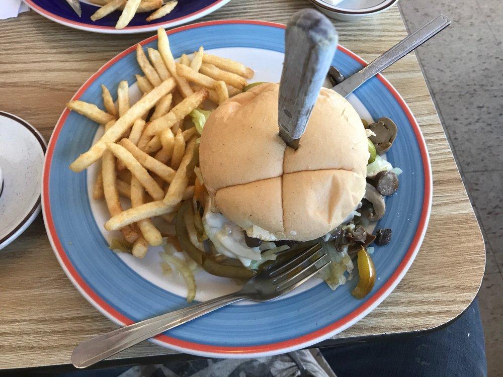 R & M Restaurant: 265 Main St, Randolph, NY