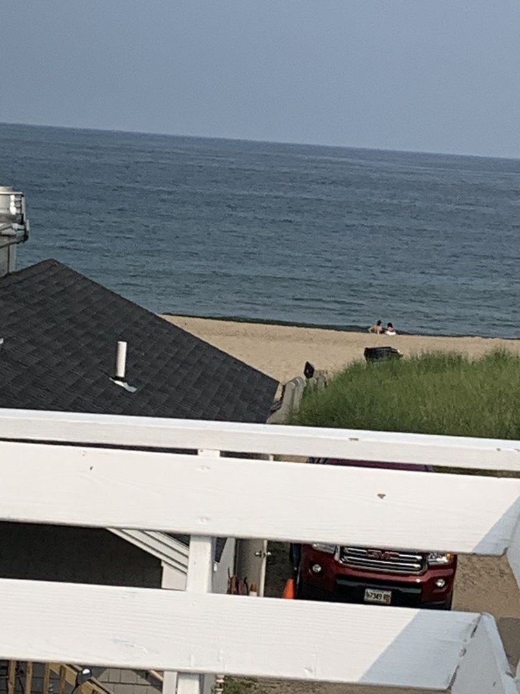 Oceanic Inn: 43 W Grand Ave, Old Orchard Beach, ME