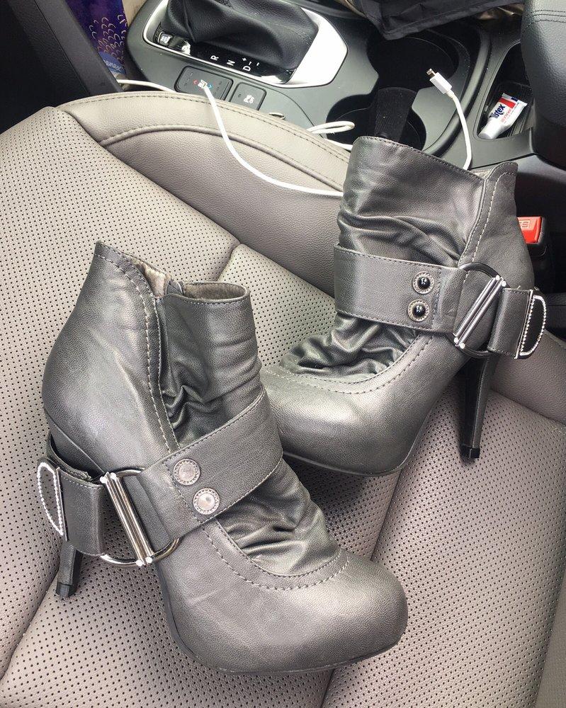 Dominic's Shoe Repair: 1937 Street Rd, Bensalem, PA