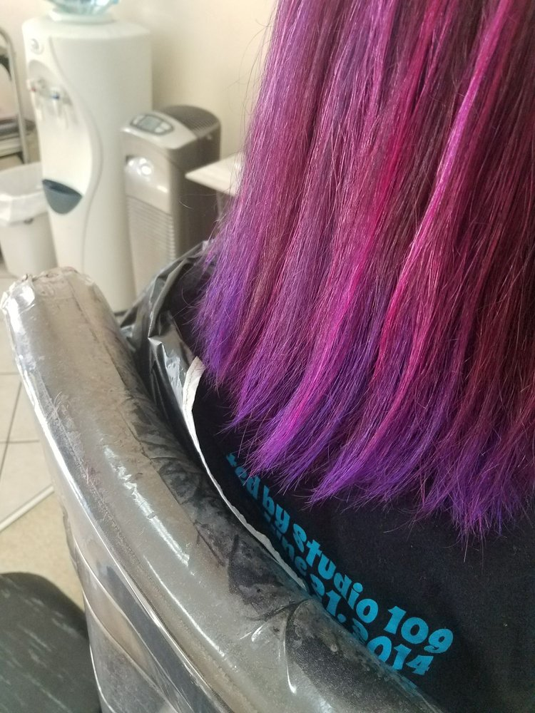 A Little Off the Top Salon: 1857 White Mountain Hwy, North Conway, NH