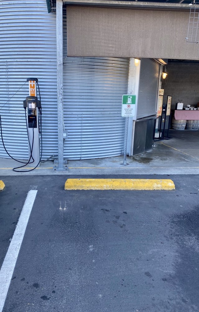 Chargepoint: 20148 10th Ave NE, Poulsbo, WA