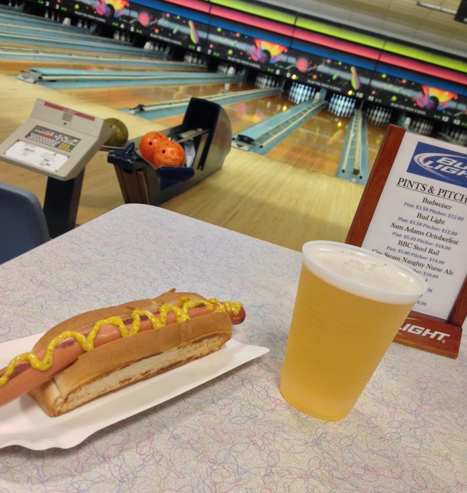 Blue Fox Rock & Bowl: 1603 Hopmeadow St, Simsbury, CT