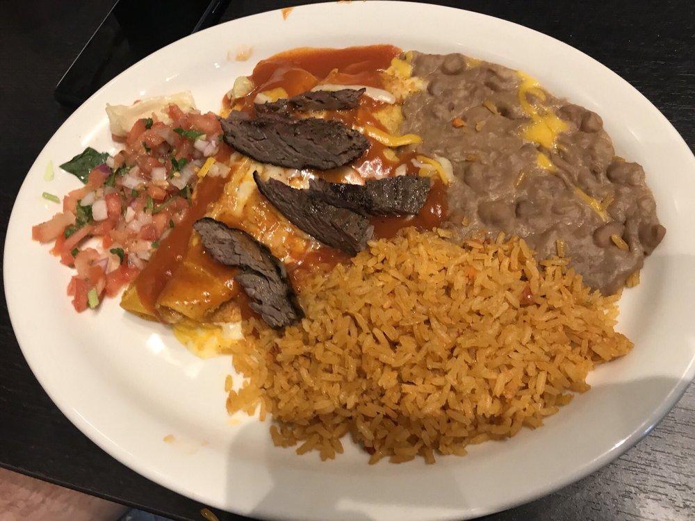 Villa Grande Mexican Restaurant: 201 N Interestate 35, Gainesville, TX