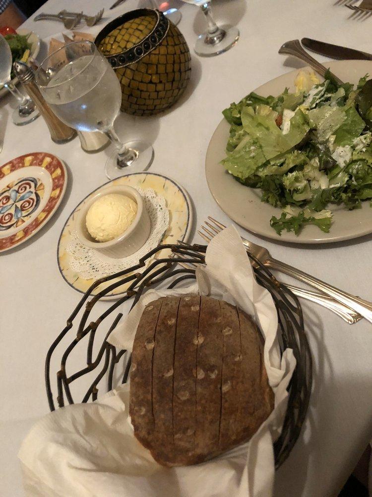 La Perla Restaurant at the Gregory House: 3016 Ny Highway 43, Averill Park, NY