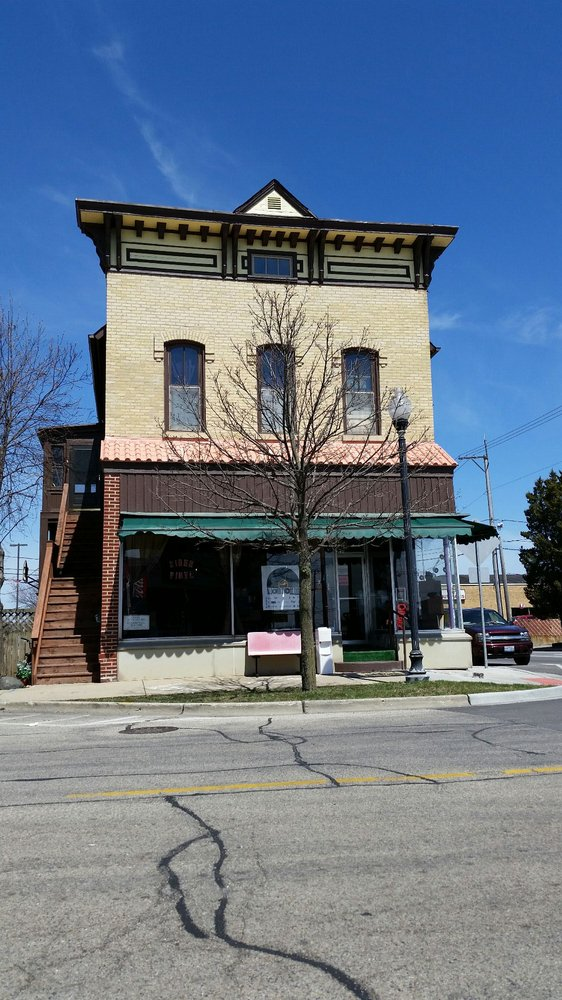Siren Records Mchenry: 3902 Main St, Mchenry, IL