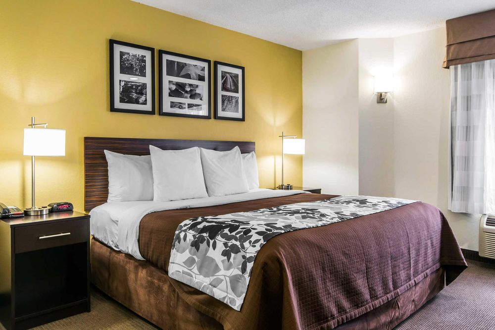 Sleep Inn: 1920 Plaudit Place, Lexington, KY