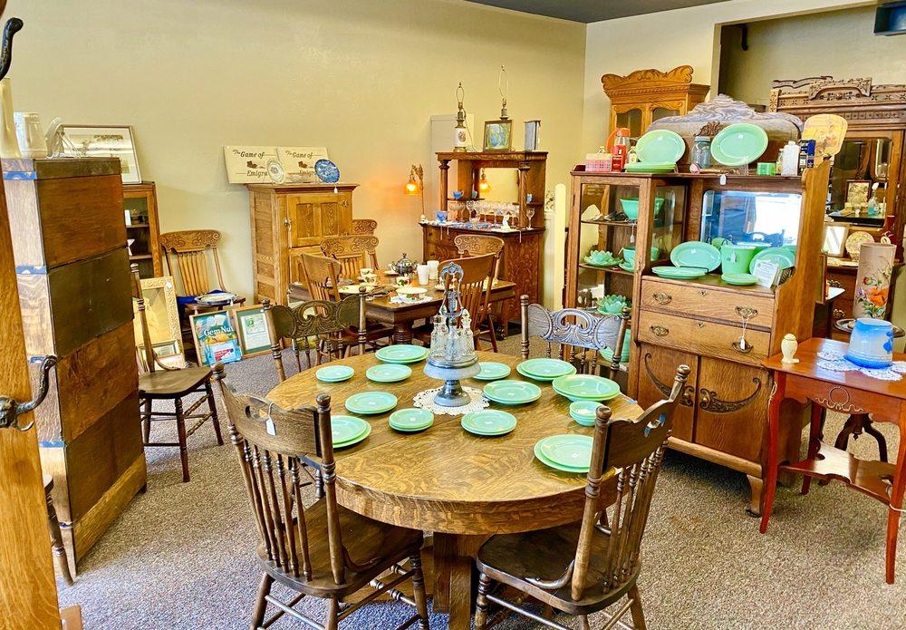 Garner Antiques: 67 N Main St, Bountiful, UT