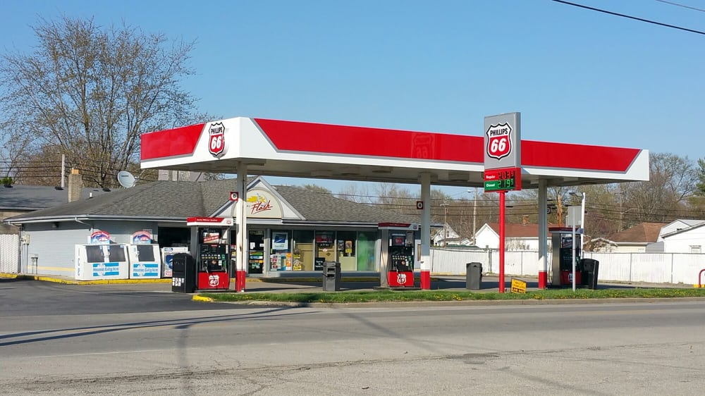 Crystal Flash Petroleum: 340 W Main St, Morristown, IN
