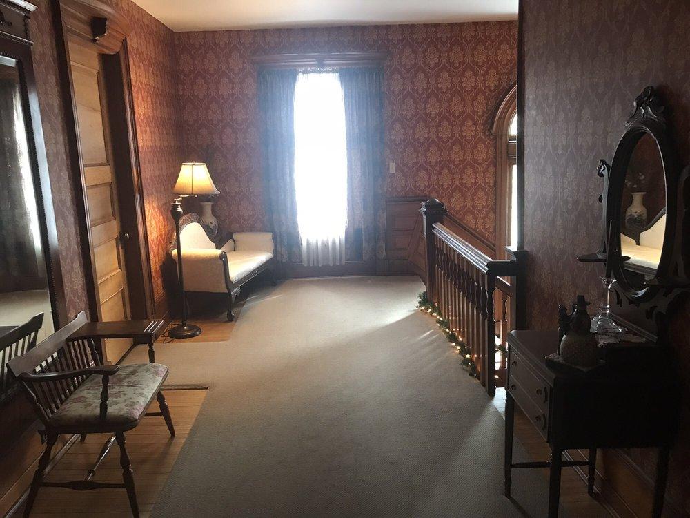 Victorian Charm Inn: 118 York Ave, Towanda, PA