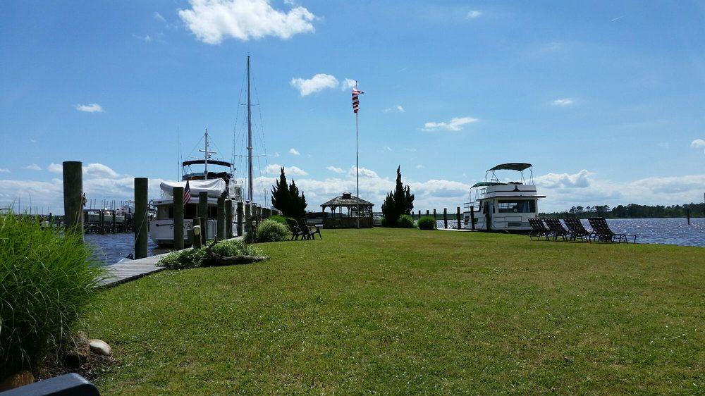 Belhaven Waterway Marina: 332 E Water St, Belhaven, NC