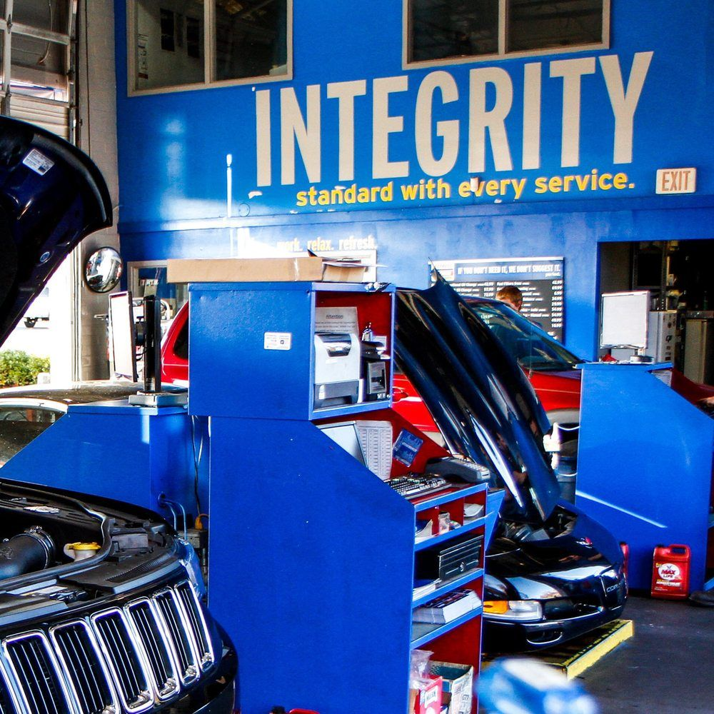 Express Oil Change & Tire Engineers: 124 S Houston Lake Rd, Warner Robins, GA
