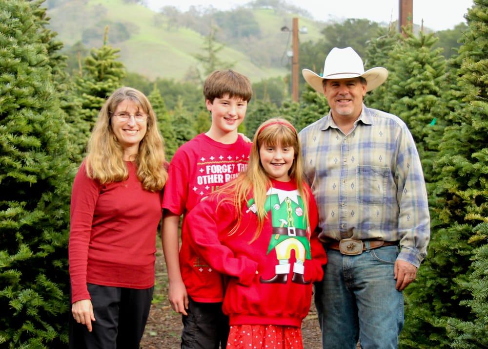 Alhambra Christmas Tree Farm: 2647 Reliez Valley Rd, Martinez, CA