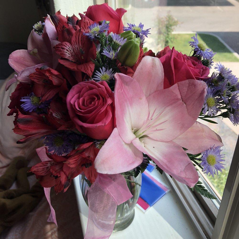 Bouquets Unlimited: 5709 Yellowstone Rd, Cheyenne, WY
