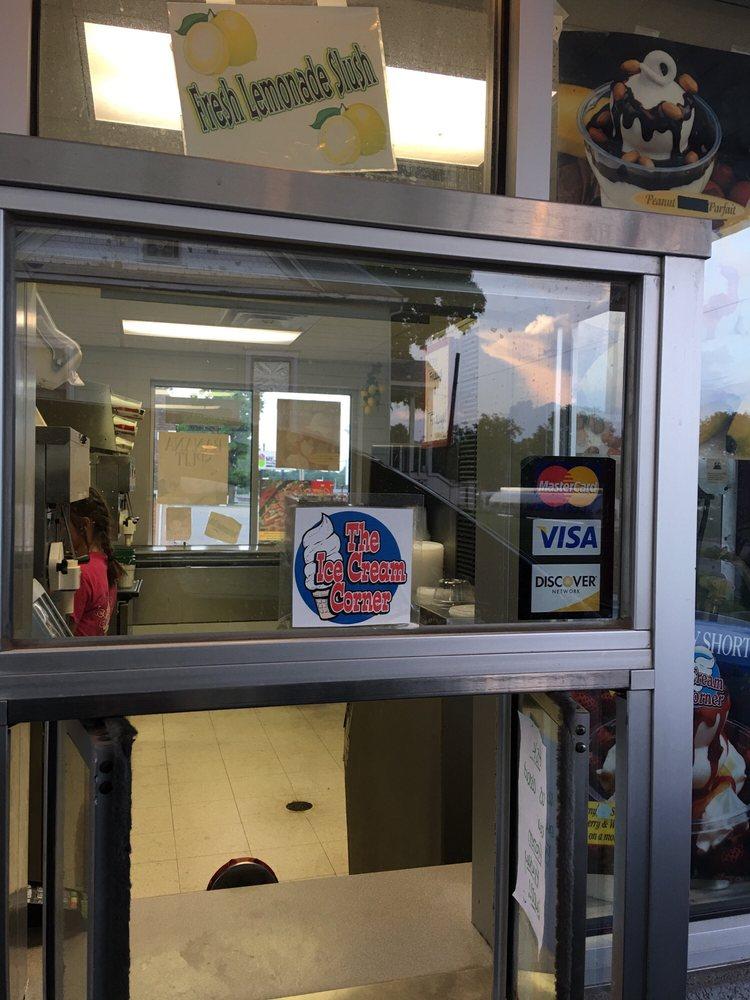 Ice Cream Corner: 2302 Main St, Scott City, MO