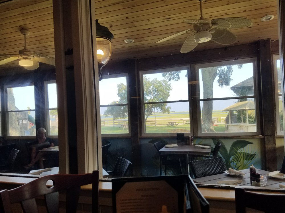 Inside and patio eating area yelp for Hot fish club murrells inlet south carolina