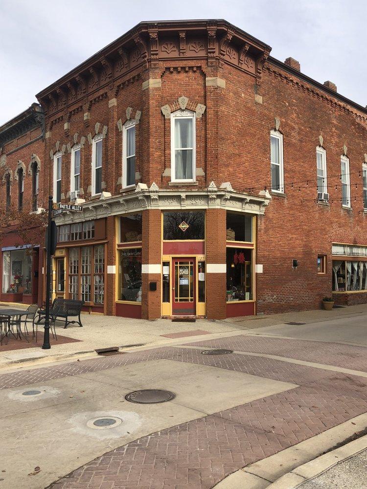 Battle Alley Coffee Co.: 101 Battle Alley, Holly, MI