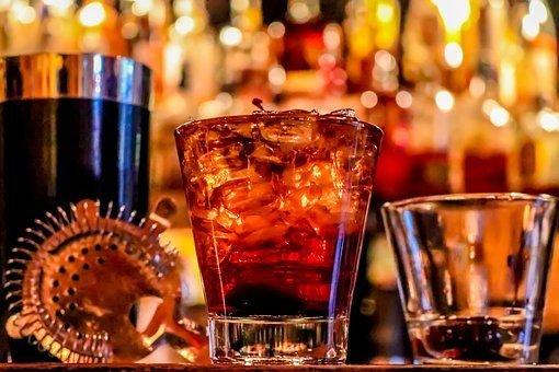 Shellukes Bar & Grill: 1673 E State St, Fremont, OH