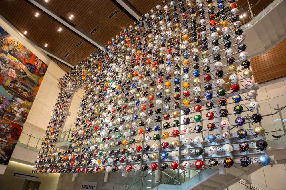 Restaurants Near The College Football Hall Of Fame