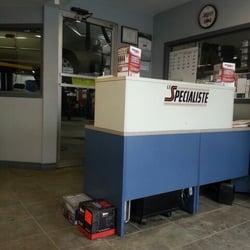 Garage centre de voitures europeennes japonnaises j for Achat voiture garage dans le centre