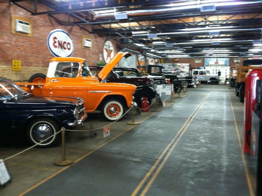 Tex-Ark Antique Auto Museum: 217 Laurel St, Texarkana, TX