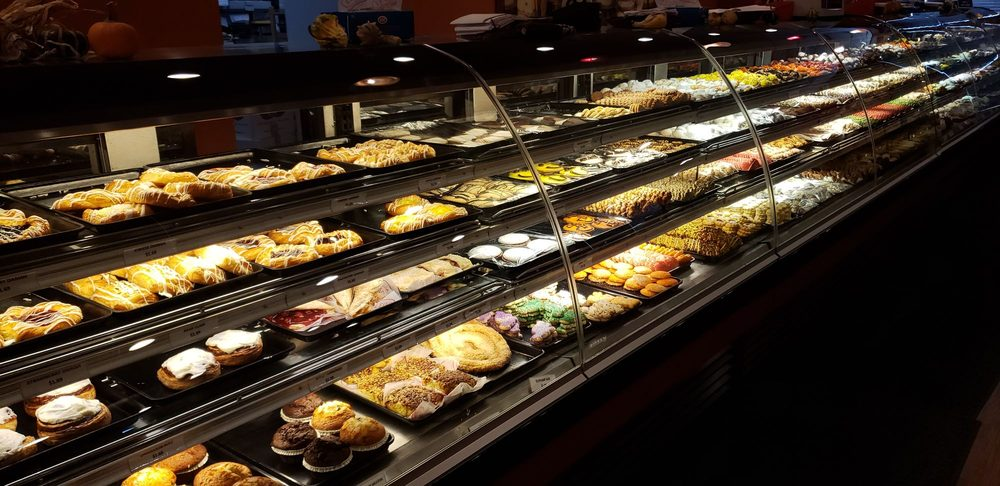 Leo's Bakery & Deli: 101 Despatch Dr, East Rochester, NY