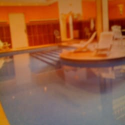 les bains du temple sauna hammam 15 rue du faubourg. Black Bedroom Furniture Sets. Home Design Ideas