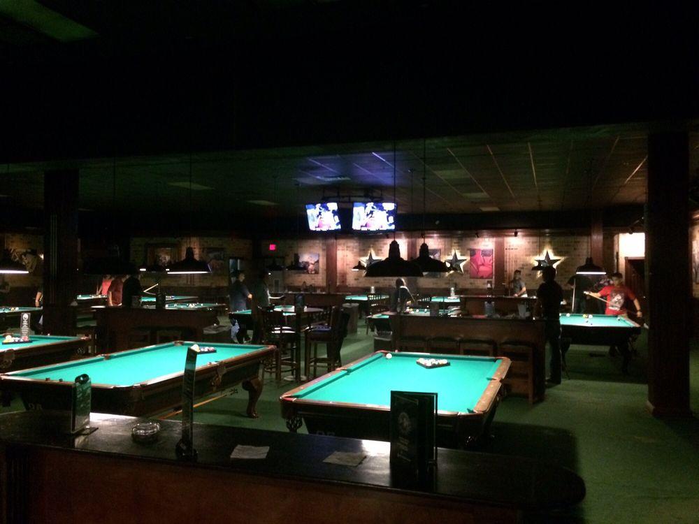 Fast Eddie's: 400 W Nolana Ave, McAllen, TX