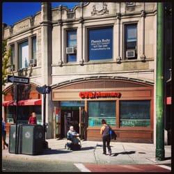 cvs pharmacy 15 reviews pharmacy 1322 beacon st coolidge