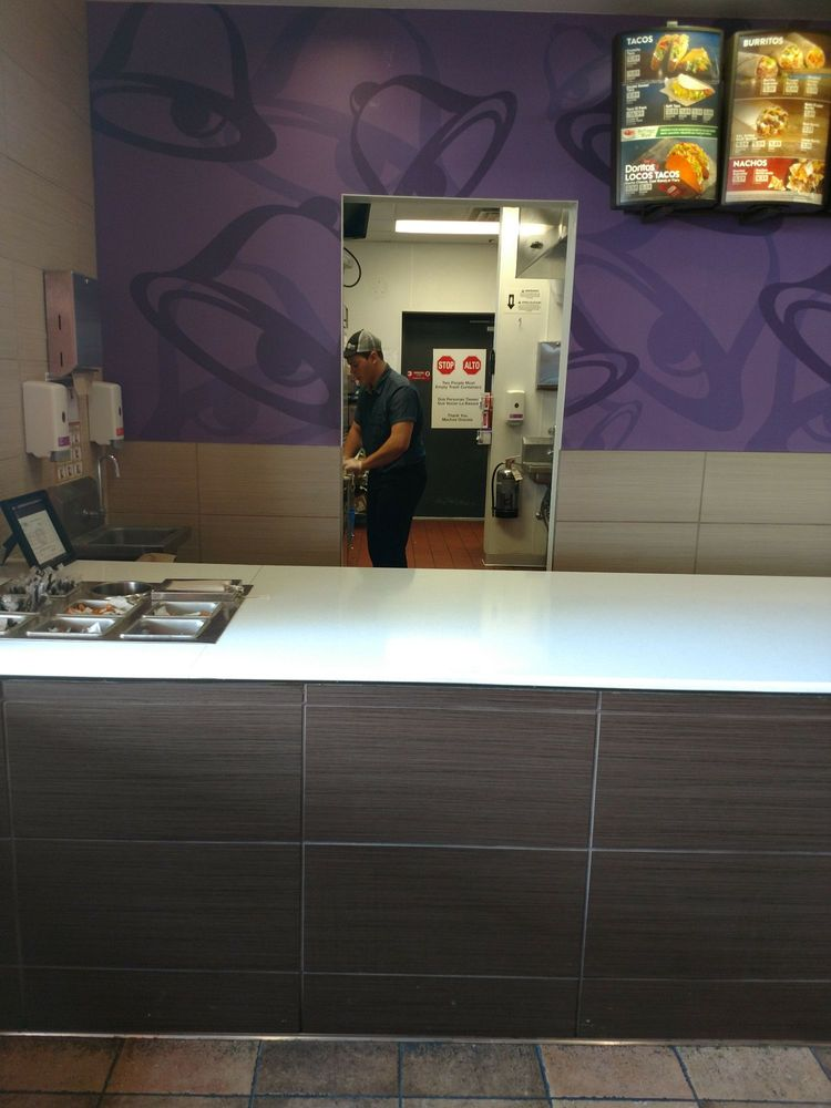 Taco Bell: Travel Centers of America - North Baltimore, North Baltimore, OH