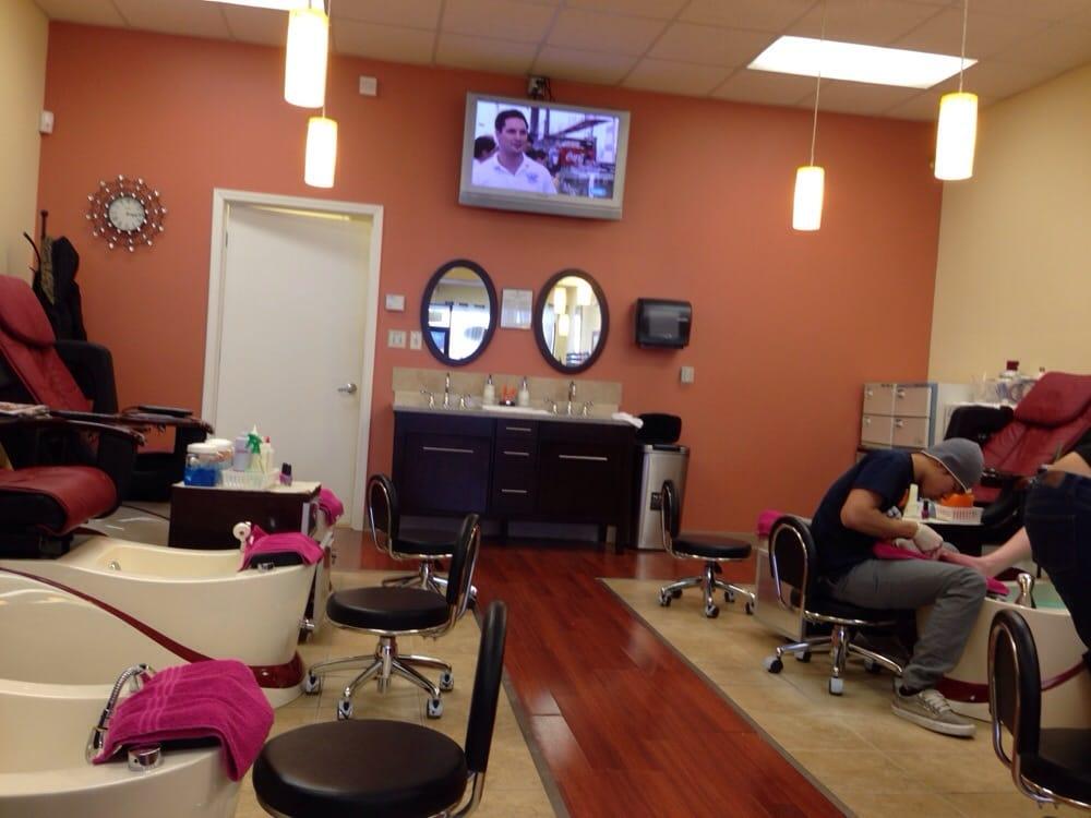 Lv Nails: 373 Grand Valley Blvd, Martinsville, IN