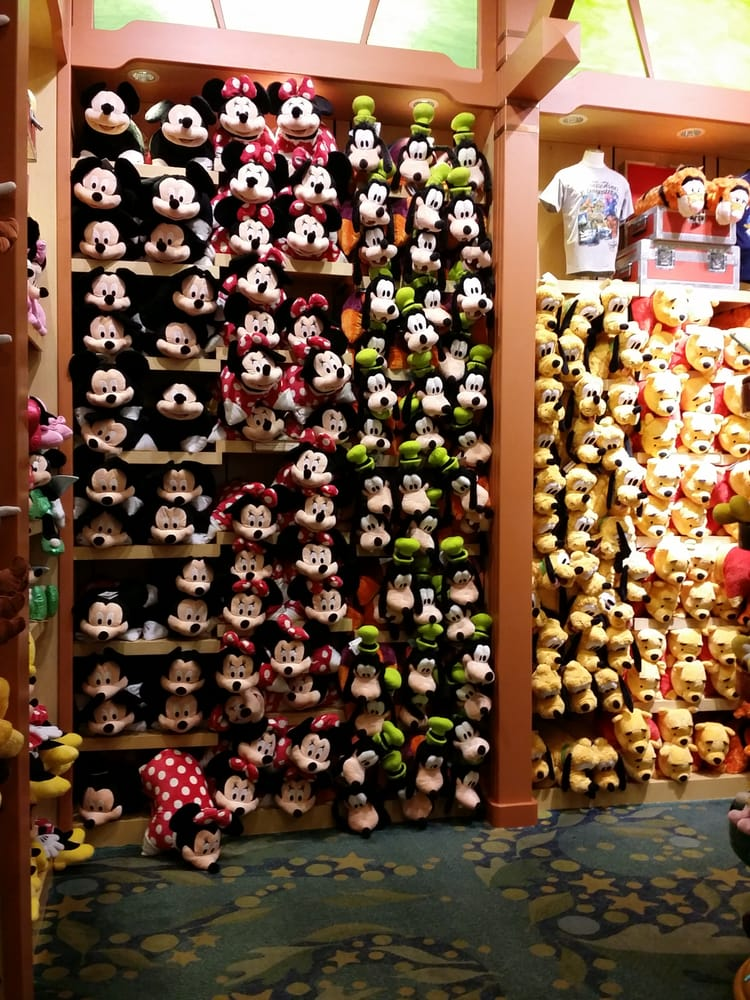 World Of Disney 350 Photos Toy Stores 1560 S