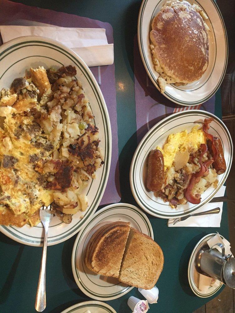 Liberty Park Cafe & Diner: 14 Burma Rd, Jersey City, NJ
