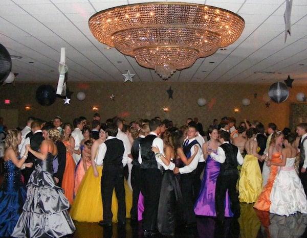 Daniele's Banquet Specialists: 8360 Seneca Tpke, New Hartford, NY