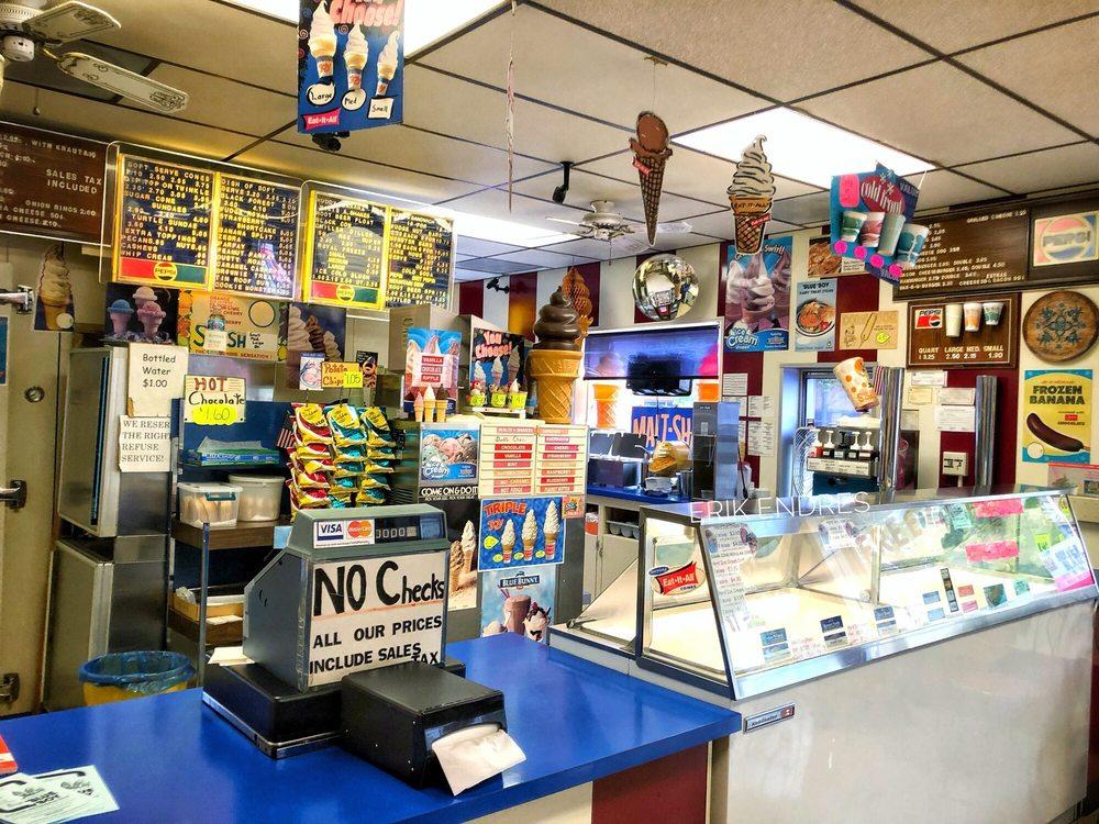 Boy Blue Dairy Treat Store: 301 N Spring St, Beaver Dam, WI